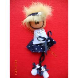 Broche de fieltro muñeca loca nº 2