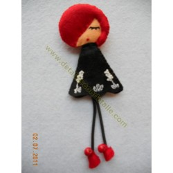 Broche de fieltro muñeca bohemia nº 5